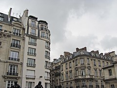 (() lightweight) Tags: sky paris france museum clouds buildings french muse musee orsay dull dorsay depressing