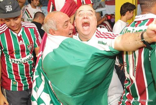 ROÇA FLU - Fluminense campeão brasileiro/2010.  Último jogo. Festa na Pizza Lit - Rocinha, em 05/12/10. Foto: Val DiOlyvera
