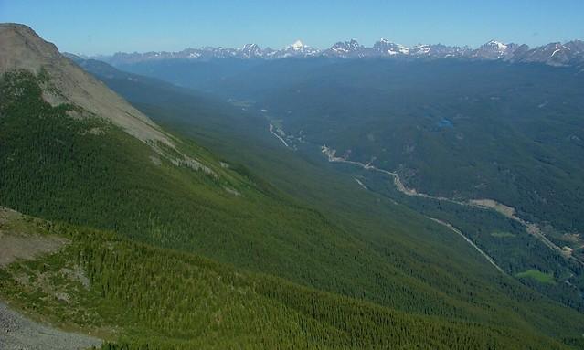 Mount Robson in de verte