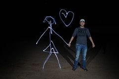 love you (bokhbokh bokhboucci) Tags: pictures lightpainting cute love night lowlight shooting valentinesday holdhands
