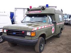 1991 Ford F-150 4WD ambulance - RAAF (sv1ambo) Tags: ford force air australian royal 4wd f150 ambulance 1991 raaf transfield