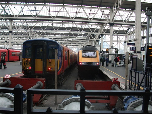 43128 at London Waterloo