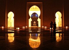 (farastrio) Tags: orange reflection delete10 delete9 delete5 delete2 delete6 delete7 uae silhouettes save3 delete8 arches delete3 save7 delete delete4 save mosque save2 symmetry save4 abudhabi save5 save6 sheikhzayedgrandmosque deletedbydeletemeuncensored