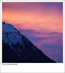 Ciel de feu derrière le Mont Charvin