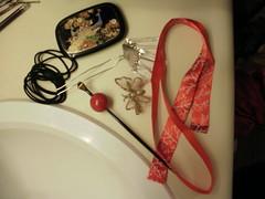 P1160105 (Ayilana) Tags: pink red coral japan japanese fan tabi parasol kimono obi kitsuke wafuku uchiwa zori bijin kanzashi sensu shimada akadama birabira nihongami yuiwata