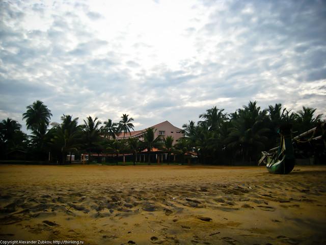 """Отель """"Paradise Beach"""" - вид с пляжа."""