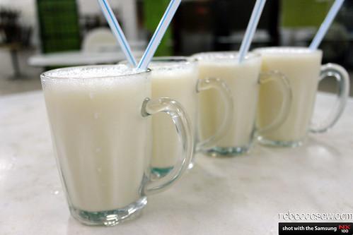 kuching soya drink
