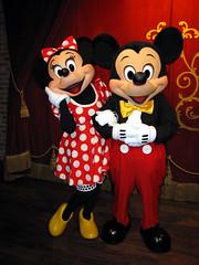 Mickey and Minnie (disneylori) Tags: mainstreet disney disneyworld mickeymouse characters minniemouse wdw waltdisneyworld magickingdom townsquare mainstreetusa disneycharacters mickeyandminnie nonfacecharacters meetandgreetcharacters townsquaretheater