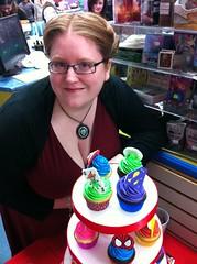 Superhero Cupcakes (Jenny Burgesse) Tags: cupcakes superhero fondant geeksweets comicbookshoppeartgala2010