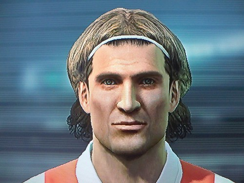 diego forlan 2011. Forlan - PES 2011 (PS3). Diego