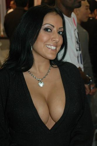 Kiara Mia Nude Photos 22