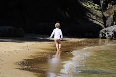 Carefree! (Saumil U. Shah) Tags: park new travel newzealand cute kid child running zealand national nz abel tasman marlborough aotearoa abeltasman shah saumil saumilshah
