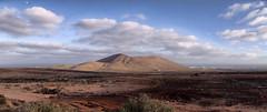 (strikina) Tags: sky clouds nuvole lanzarote cielo colori montagna vulcano spagna canarie isole