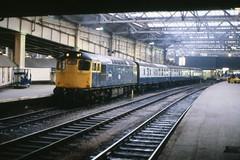 Class 27 27038 Edinburgh 19/3/82 (Stapleton Road) Tags: edinburgh locomotive waverley sulzer class27 27038 diesl