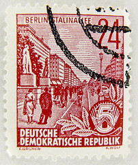 Eastern Germany stamp 24pf. DDR Briefmarke postage timbre Rpublique Dmocratique Allemande bollo Alemania Oriental selo (thx for sending stamps :) stampolina) Tags: red berlin rot postes rouge rojo stamps stamp vermelho porto ddr timbre rood rosso gdr postage easterneurope franco vermilion merah selo ostdeutschland marka  easterngermany sellos piros  punainen  rouges czerwony europadeleste pulu krmz briefmarke francobollo timbres deutschedemokratischerepublik timbreposte bollo osteuropa   timbresposte rdea europedelest erven   24pf    europadellest   mu  postapulu jyu  berlinstalinallee dngu yupiouzhu