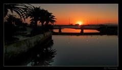 Desde el puente azul (GonzalezNovo) Tags: ro sunrise de amanecer melilla oro pwmelilla