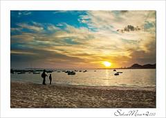 December's sunset (Salva Mira) Tags: xmas sunset sea beach miguel navidad mar alicante adrià nadal platja postadesol salva alacant salvamira salvadormira