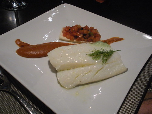 Confit codfish with red pepper cream, tomato and albahaca foam