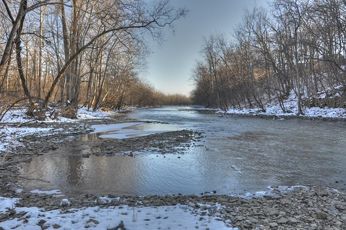 View down the Scioto River (HDR)