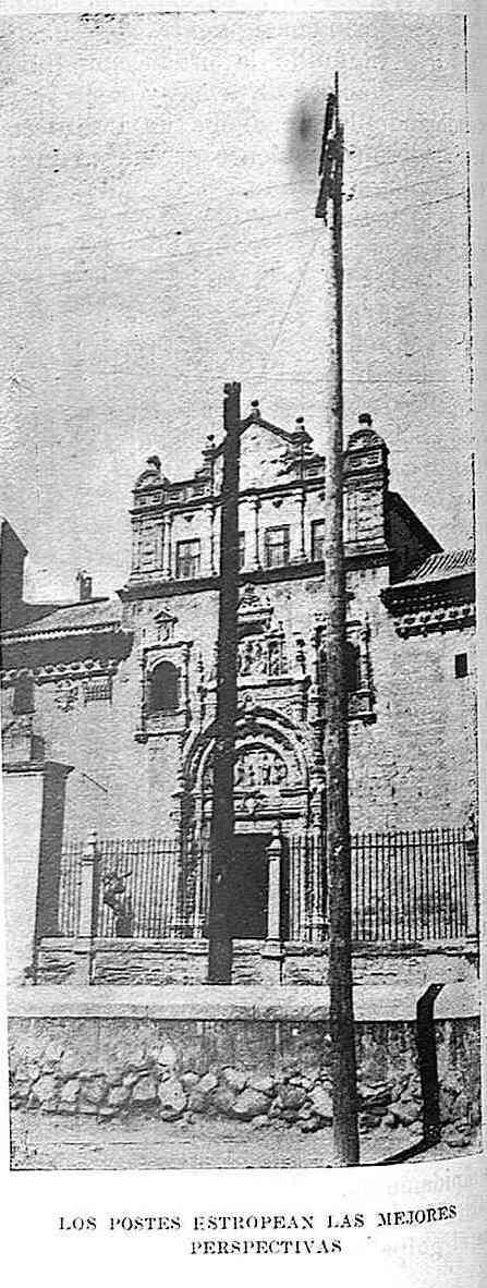 Cableado que afeaba el Museo de Santa Cruz. Publicada en noviembre de 1928 en la Revista Toledo