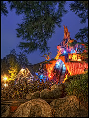 Brier Patch (Explore) (Gregg L Cooper) Tags: night canon eos disneyland disney explore 7d splash 1022mm hdr nountain