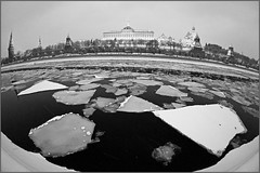 (ufimtseva) Tags: city winter snow ice river moscow       icedrift   nex5 vclecf1