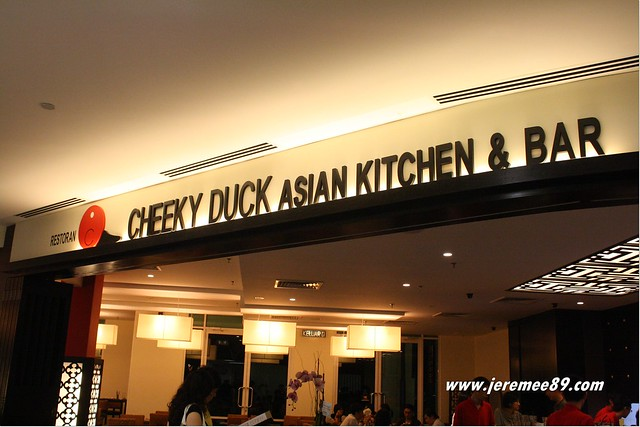 Cheeky Duck Asian Kitchen & Bar @ Straits Quay