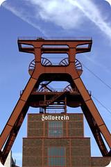 Zollverein Essen (Rob'Eos) Tags: sky museum canon buildings germany deutschland photography eos essen europe flickr pretty foto fotografie image young picture photographers frderturm zollverein zeche bergwerk robeos