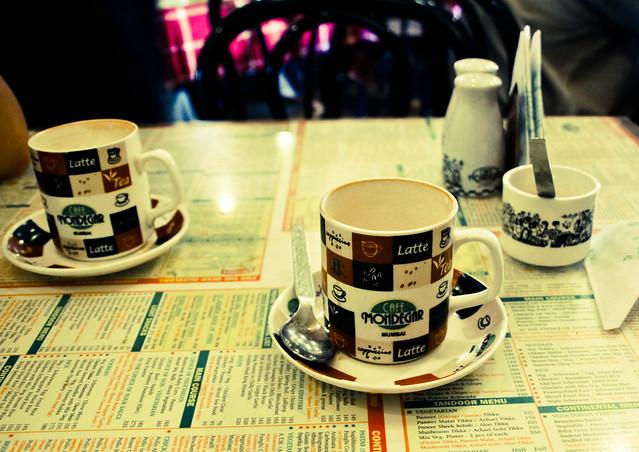 cafe leopold, mumbai. afternoon coffee