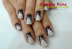 Crawling Spider Nail Art by Simply Rins