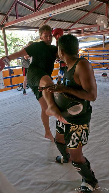 kick-training-thailand-muay-thai