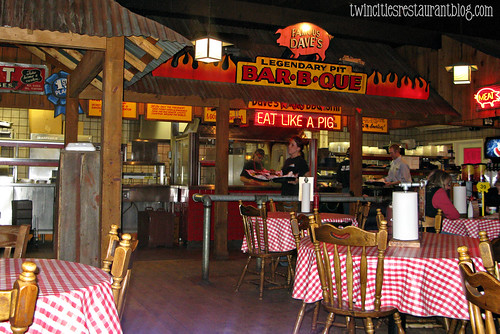 Dining Room at Famous Dave's BBQ ~ Forest Lake, MN