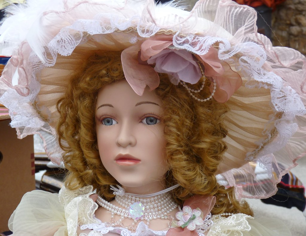 Soave (Vr) - Antique doll
