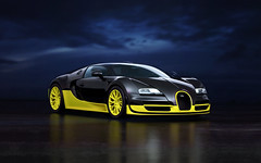 BUGATTI VEYRON SUPER SPORTS,  $ 2 400 000