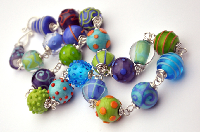 bauble necklace 1