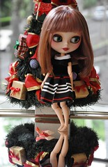Blythe Physical Challenge #16 - Blythe Mirror Images