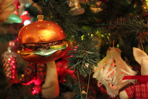 20101205. my favorite ornament: hamburger!