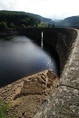 Garreg Ddu dam. (LiamCH) Tags: mountains nature water wales river landscape dam victorian engineering breconbeacons valley elan elanvalley cabancoch gupr
