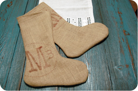 {craft}ernoon: burlap stocking - final