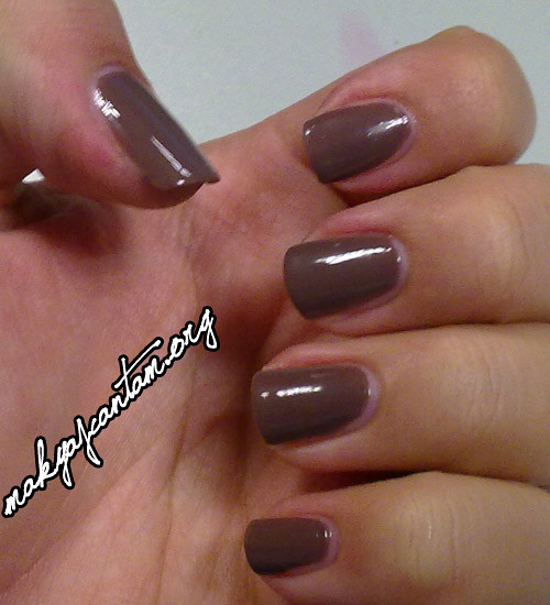 Essie Hot Coco NotD
