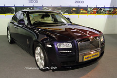 2010 Rolls Royce Ghost 6.6L V12 Twin Turbo (reezuan) Tags: car canon rollsroyce malaysia vehicle kualalumpur kl twinturbo 1740mm kereta supercars motorshows pwtc silverghost klims theghost canonef1740mmf40lusm canon7d rollsroycemotorcars putraworldtradecenter reezuan klims2010 klinternationalmotorshow2010 reezuanzainal nazawolrd