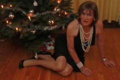 Seasons Greetings (IMG_6522) (cindy richardson) Tags: black stockings nude evening feminine cd pearls tgirl transgender blonde gown elegant crossdress stilettos