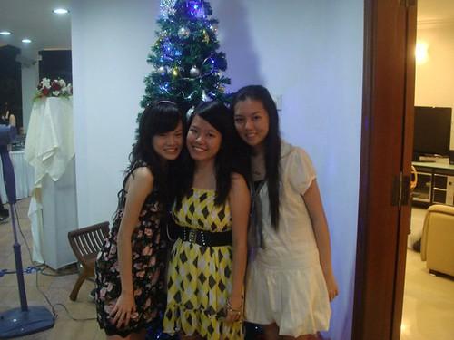 Kelly Tan,Shi Ning,Chee Li Kee