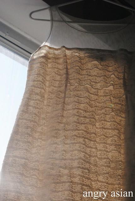 vintage lacy bcbg