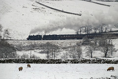 19-12-10 41241 & 80002 nr Mound with Santa Special (prof@worthvalley) Tags: santa two cold up way is with 5 c it line special every looks their bit deg tanks slog
