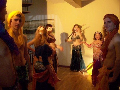 dec 119 The belly dancing community