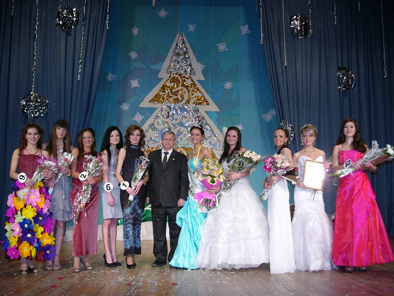 Участницы Мисс ИГХТУ - 2010