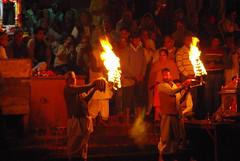 5293876929 eb159aea73 m India: Ganga Aarati