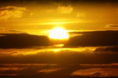 Muita luz, amigos em 2011... (Eduardo Amorim) Tags: sunset brazil sun sol southamerica field brasil atardecer soleil tramonto sonnenuntergang prdosol campo pelotas sole sonne riograndedosul poniente champ anoitecer coucherdesoleil brsil entardecer crepsculo amricadosul poente amriquedusud sudamrica suramrica amricadelsur sdamerika costadoce americadelsud americameridionale auffangen eduardoamorim iayayam yamaiay