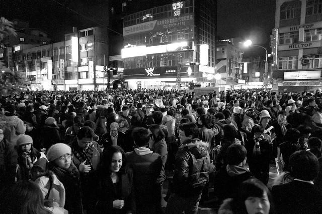 2011 跨年夜之 忠孝東路上的難民